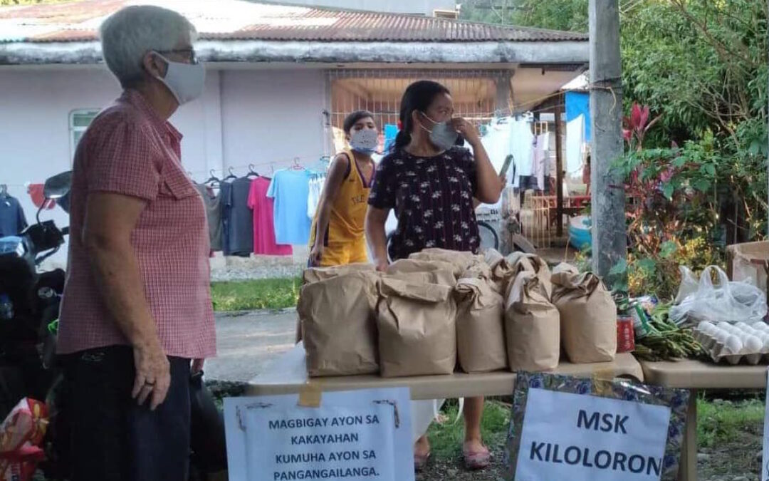 Philippines Sion sisters get involved in Community Pantries